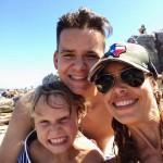 Adam so svojou hosťovskou rodinou v Austrálii