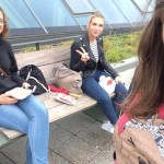 Dominika s kamarátkami, Nemecko