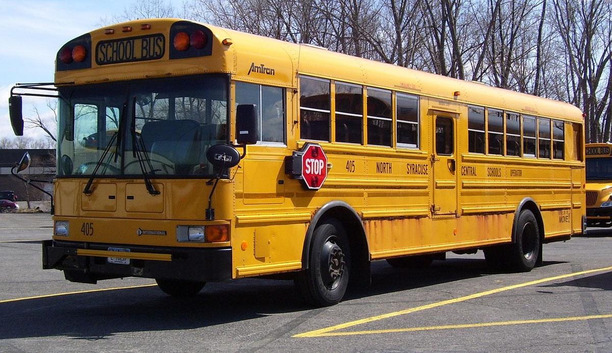 school-bus-867299_1280