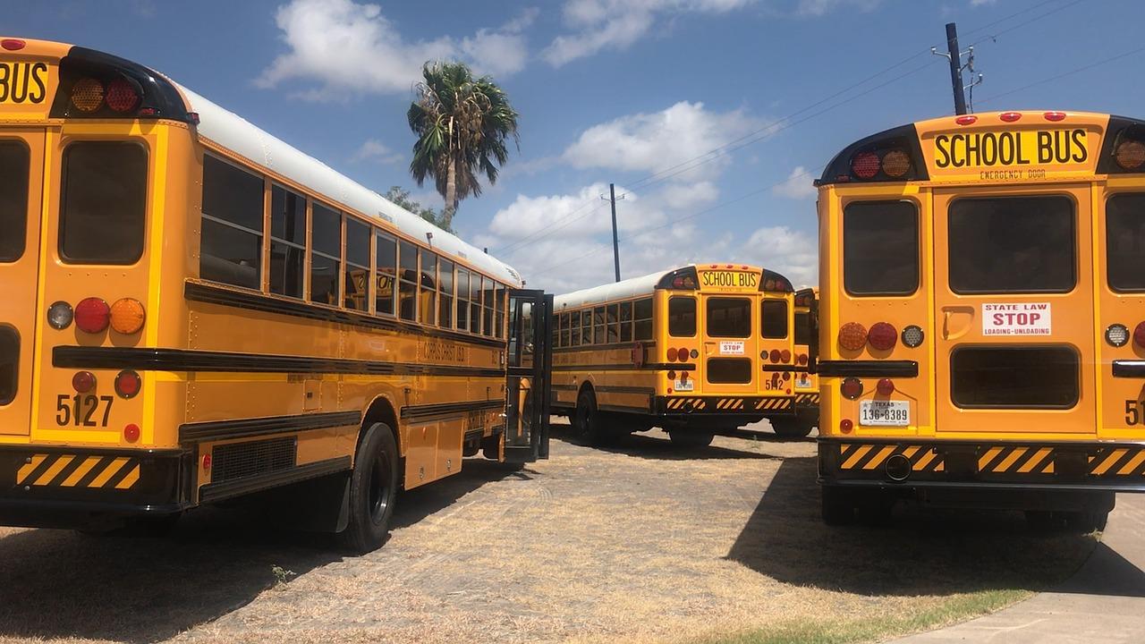 bus-2690793_1280